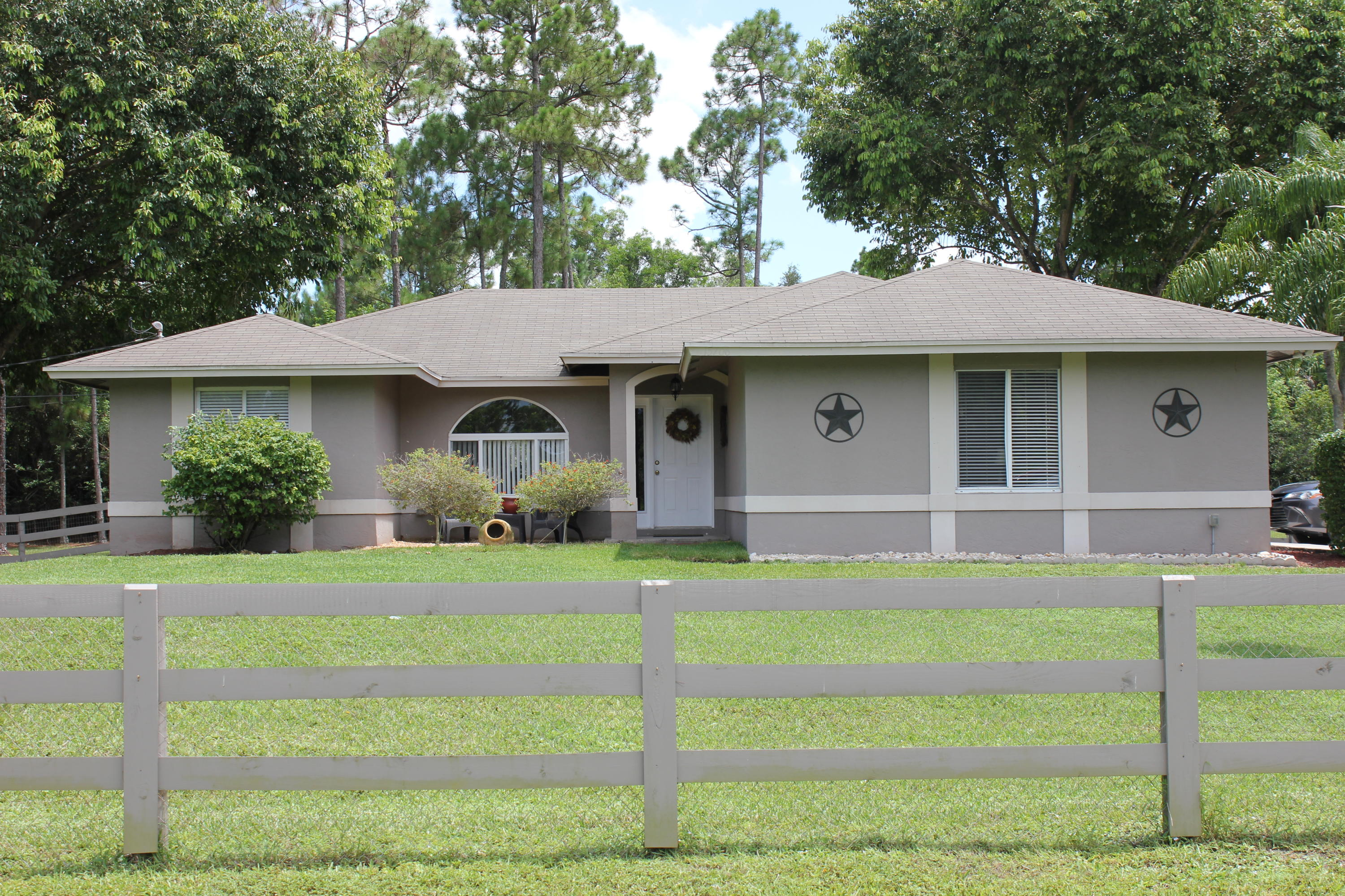15706 68th Court N, The Acreage, FL 33470