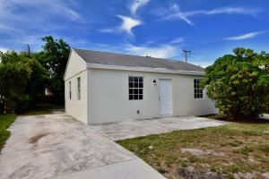 608 W 3rd Street, Riviera Beach, FL 33404
