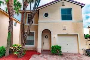 4451 Lake Lucerne Circle, West Palm Beach, FL 33409