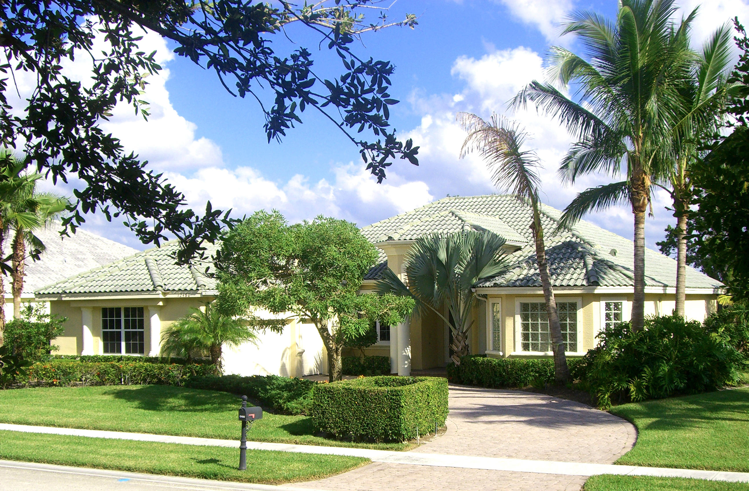 12480 Sunnydale Drive, Wellington, Florida 33414, 4 Bedrooms Bedrooms, ,4 BathroomsBathrooms,Single Family,For Rent,Palm Beach Polo, Golf & Country Club,Sunnydale,1,RX-10548215