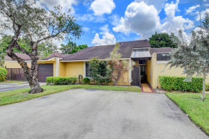 22584 Vistawood Way Boca Raton FL 33428