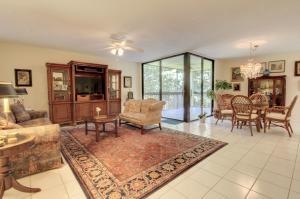 955 Egret Circle, 202, Delray Beach, FL 33444