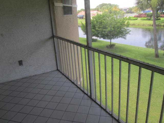 6707 Via Regina Boca Raton, FL 33433