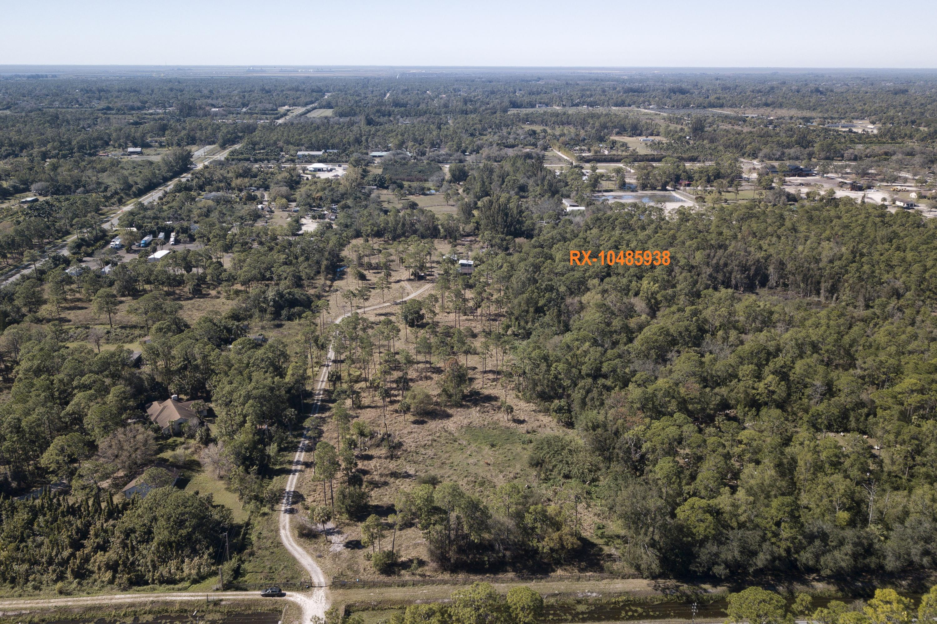 Home for sale in Loxahatchee Groves Loxahatchee Groves Florida