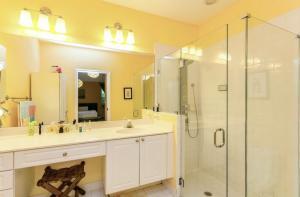 8214 Via Di Veneto Boca Raton FL 33496
