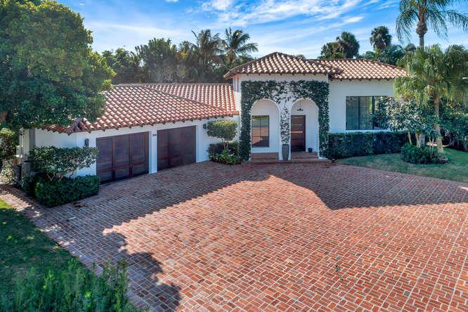 264 Sandpiper Drive, Palm Beach, Florida 33480, 3 Bedrooms Bedrooms, ,3.1 BathroomsBathrooms,Single Family,For Rent,Sandpiper,RX-10548609