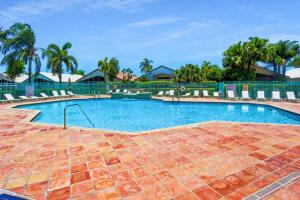 22925 Sterling Lakes Drive Boca Raton FL 33433