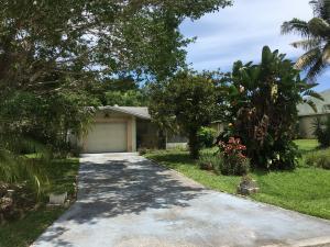 6010 Seagrape Drive, Fort Pierce, FL 34982