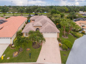 224 Woodsmuir Court, Palm Beach Gardens, FL 33418