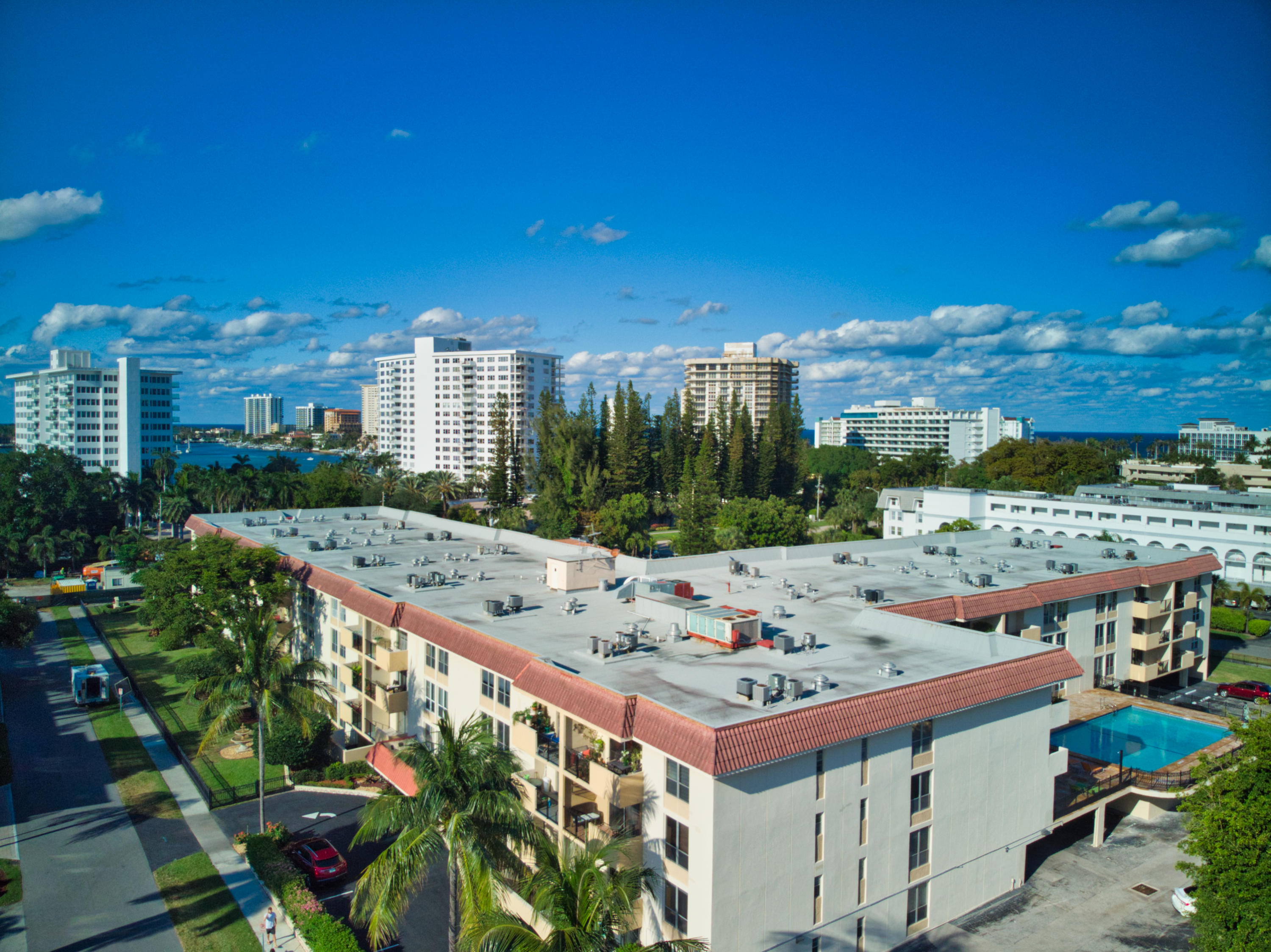 1000 Spanish River Road #3i Boca Raton, FL 33432