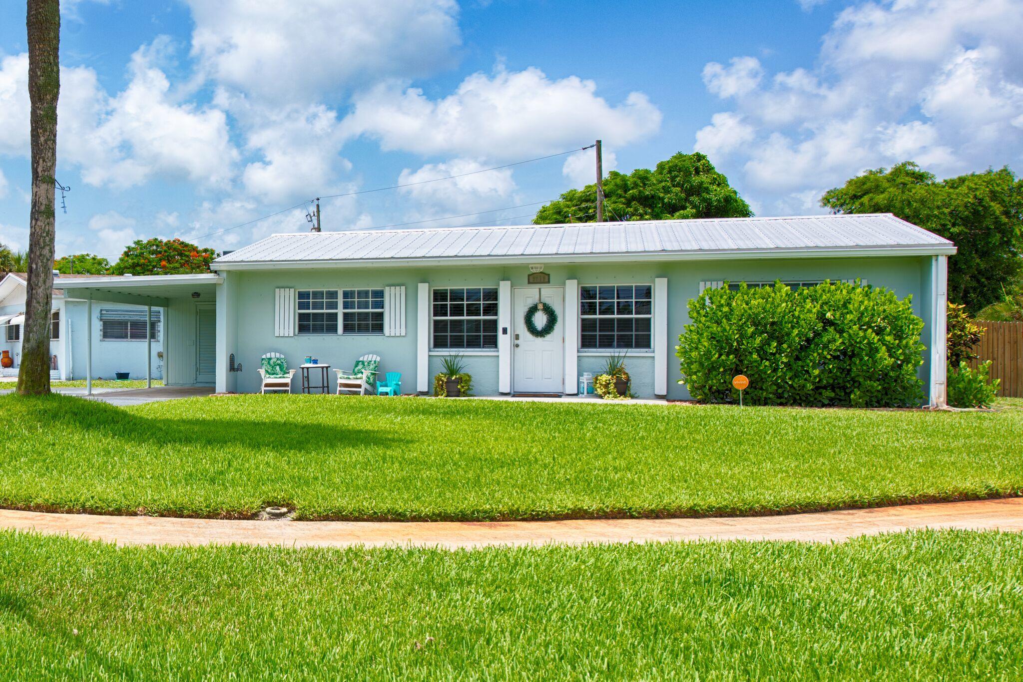 Photo of 9519 Bloomfield Drive, Palm Beach Gardens, FL 33410