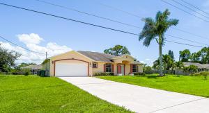 336 SW Paar Drive, Port Saint Lucie, FL 34953