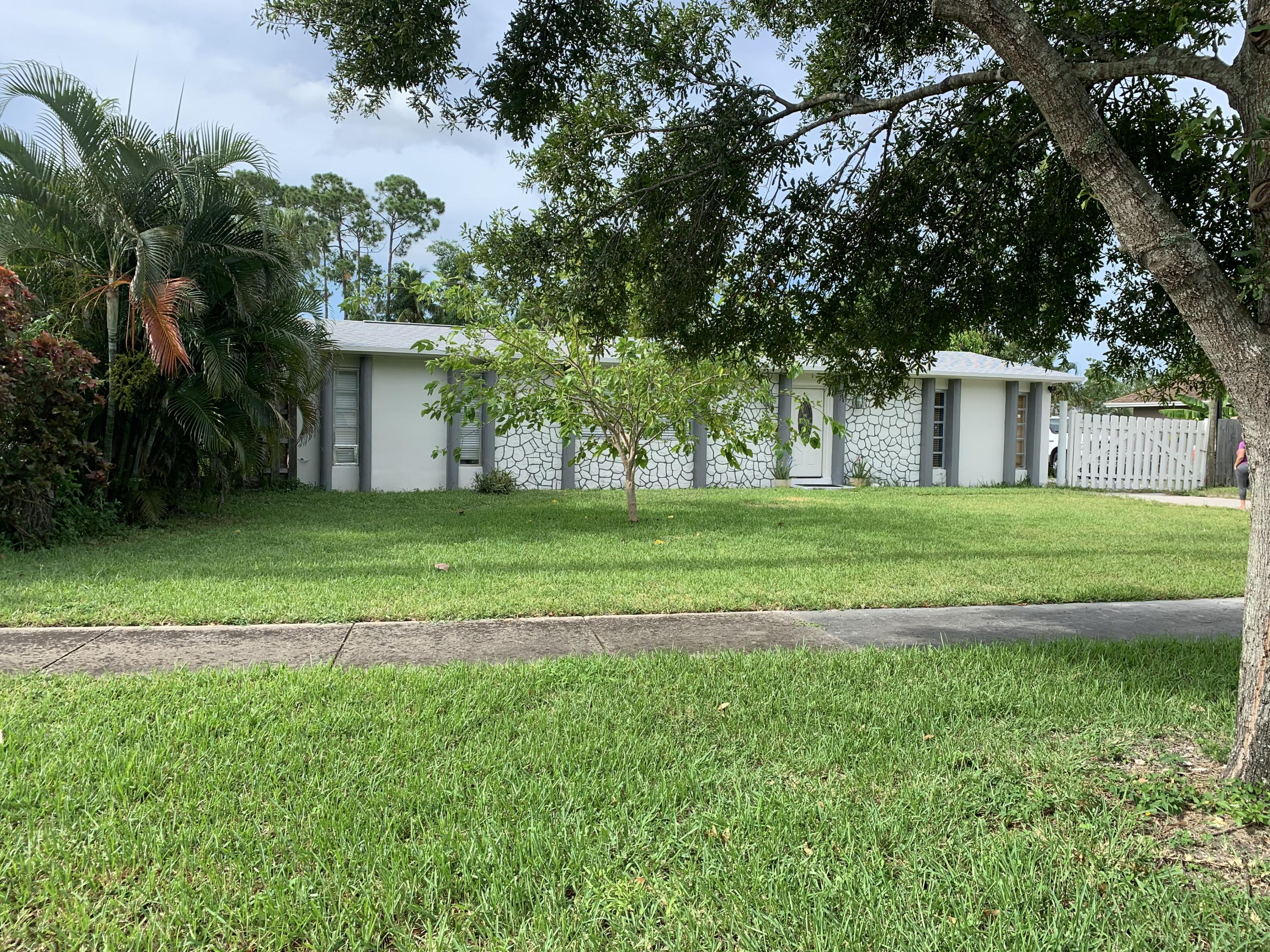 Home for sale in WYNNEWOOD ACRES 5 West Palm Beach Florida