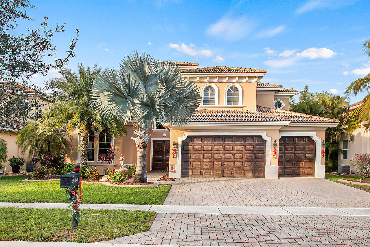 Photo of 544 Edgebrook Lane, Royal Palm Beach, FL 33411