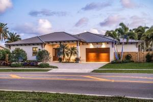 Exquisite custom waterfront home
