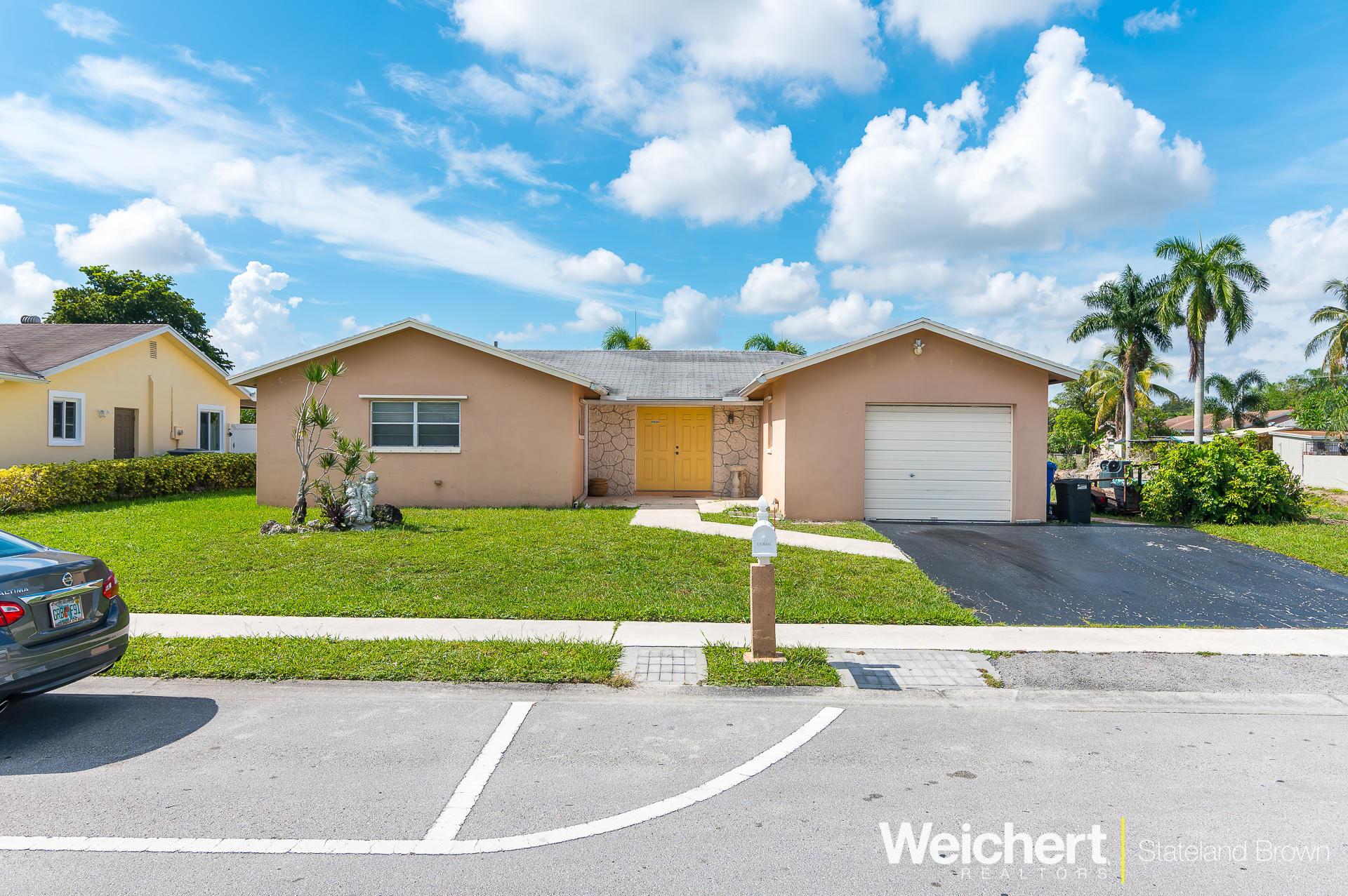 9772 Sw 3rd Street Boca Raton, FL 33428