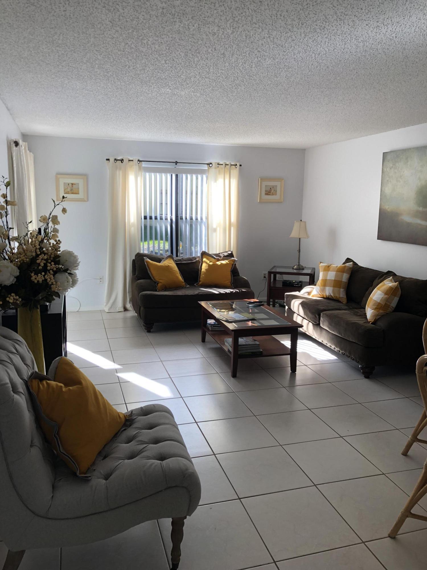 13175 Chadwick Court, Wellington, Florida 33414, 2 Bedrooms Bedrooms, ,2 BathroomsBathrooms,Condo/Coop,For Rent,Chadwick,1,RX-10550261