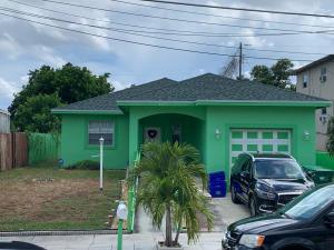 821 W 10th Street, Riviera Beach, FL 33404