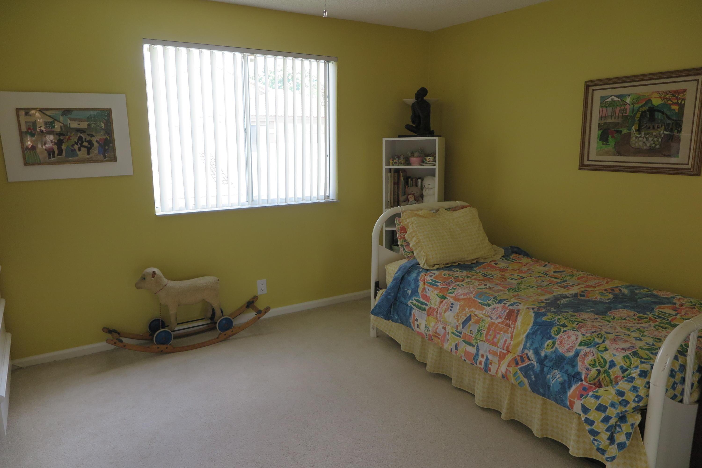 6758 Via Regina Boca Raton, FL 33433