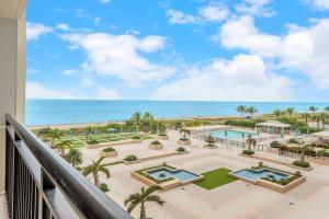 2000 S Ocean Boulevard, 4-G, Boca Raton, FL 33432
