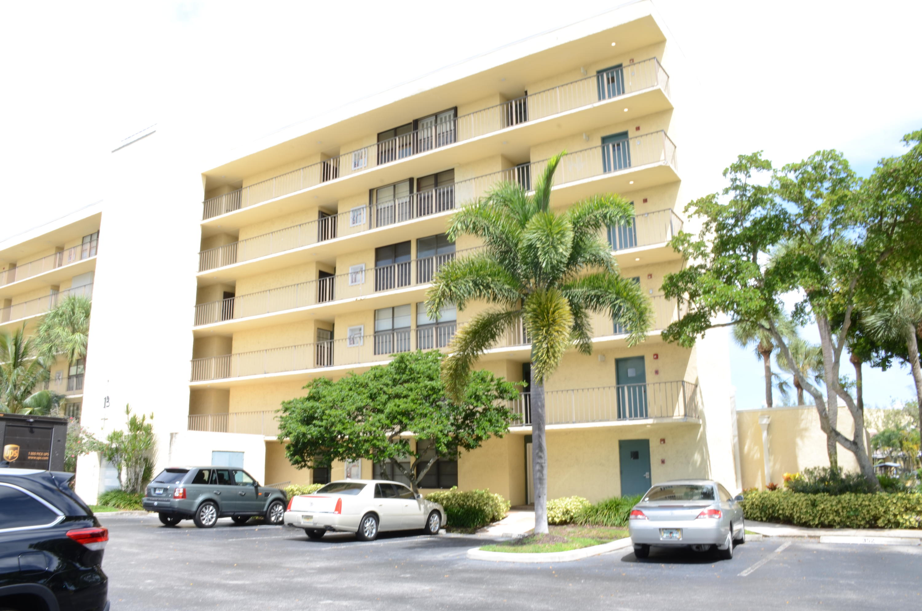 13 Royal Palm Way #ph606 Boca Raton, FL 33432
