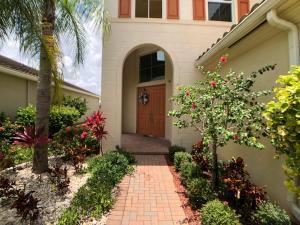 2910 Bellarosa Circle E, Royal Palm Beach, FL 33411