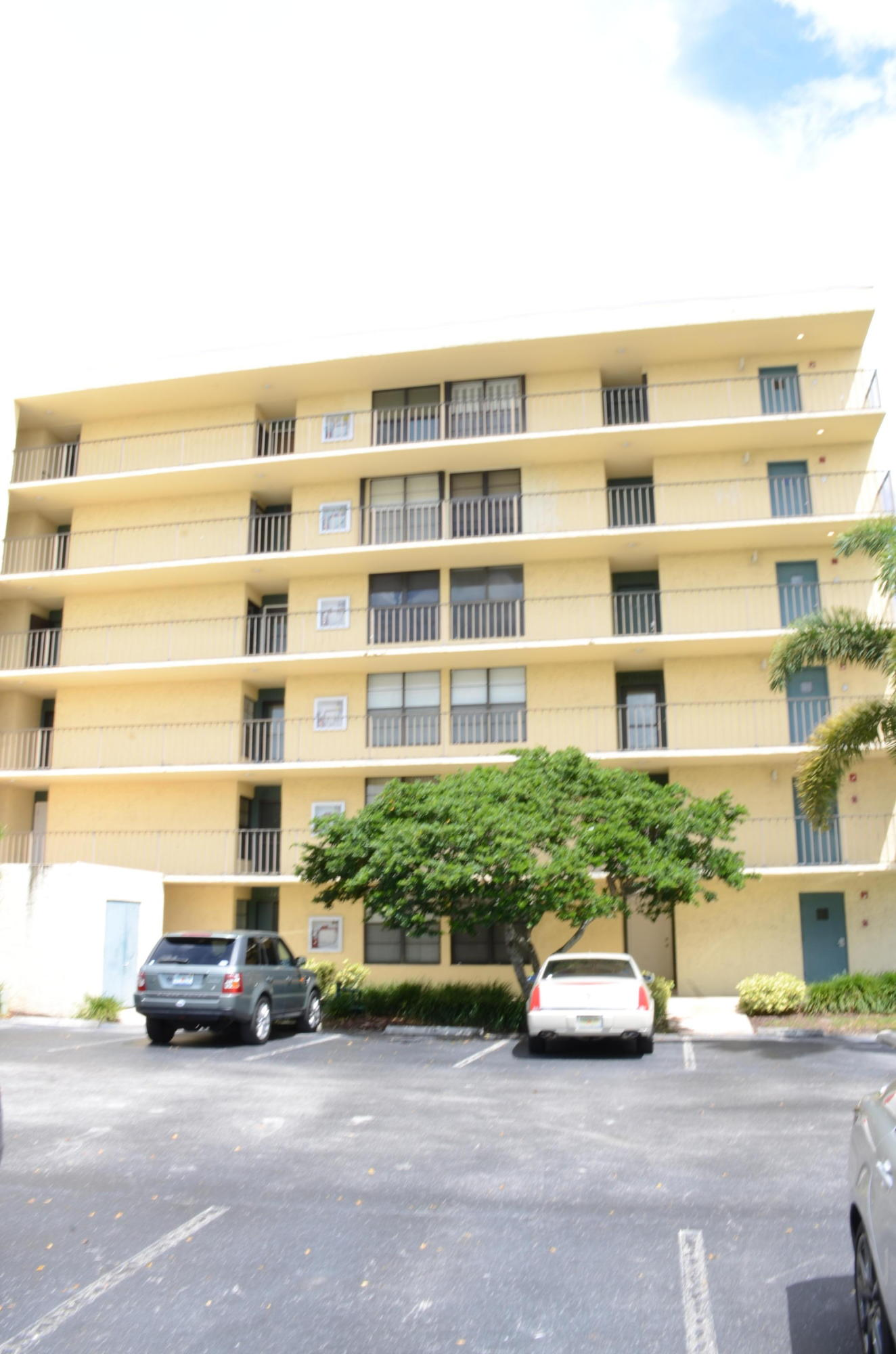 13 Royal Palm Way #505 Boca Raton, FL 33432