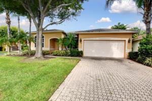 72 Lake Eden Drive, Boynton Beach, FL 33435