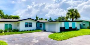 194 SE 27th Ave, Boynton Beach, FL 33435