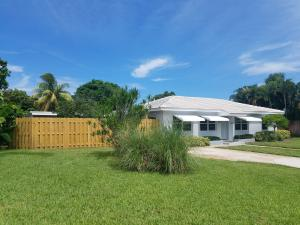 2209 E Pineridge Court, Delray Beach, FL 33444