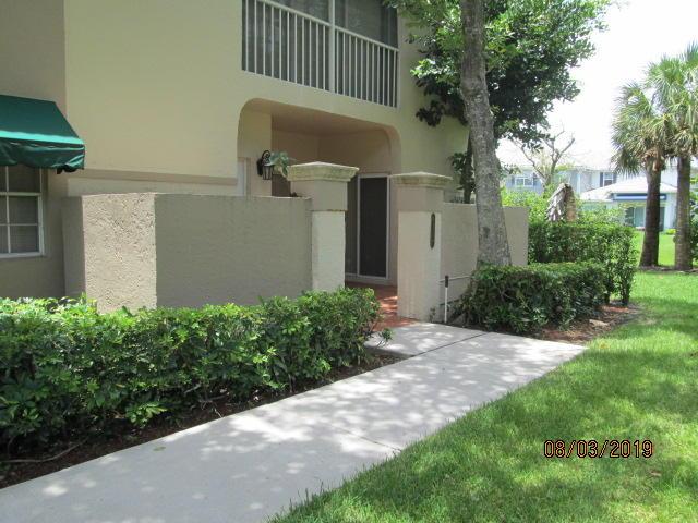 6717 Via Regina #11 Boca Raton, FL 33433