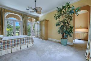 319 Mizner Lake Estates Drive Boca Raton FL 33432