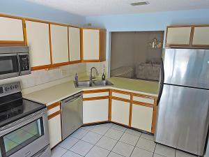 2640 Gately Drive E, 205, West Palm Beach, FL 33415
