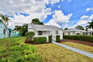 740 W 4th Street, Riviera Beach, FL 33404