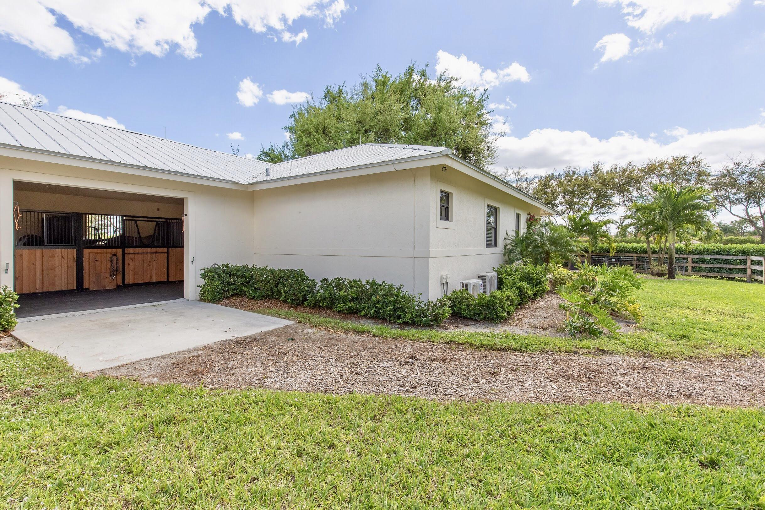 14965 Oatland Court, Wellington, Florida 33414, 5 Bedrooms Bedrooms, ,4.1 BathroomsBathrooms,Single Family,For Rent,Paddock Park 2,Oatland,1,RX-10552192