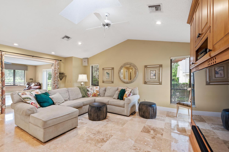 14965 Oatland Court, Wellington, Florida 33414, 5 Bedrooms Bedrooms, ,4.1 BathroomsBathrooms,Single Family,For Rent,Paddock Park 2,Oatland,1,RX-10552192