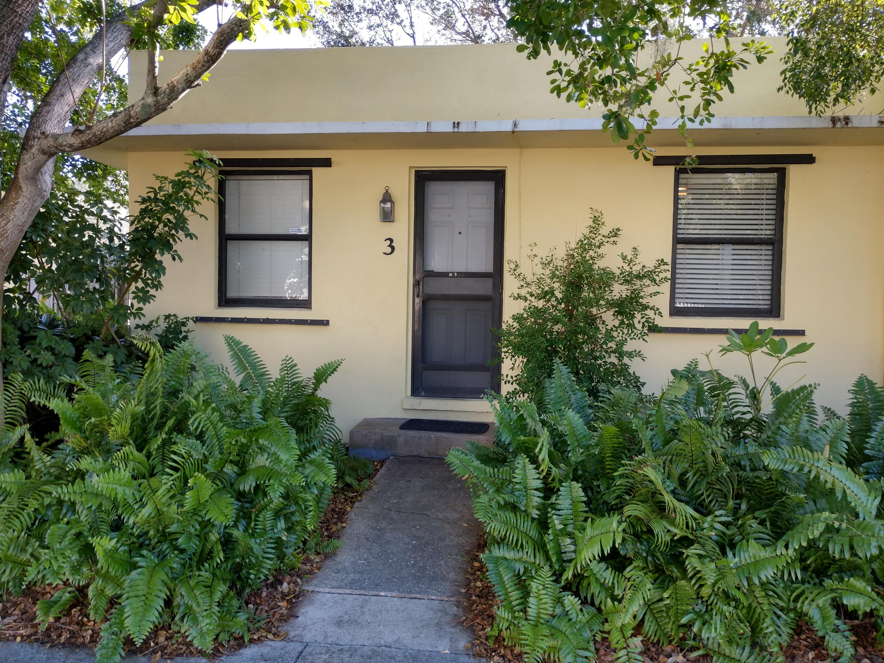 1130 Federal Highway, Lake Worth, Florida 33460, 1 Bedroom Bedrooms, ,1 BathroomBathrooms,Duplex/Triplex/Quadplex,For Rent,Federal,1,RX-10552213