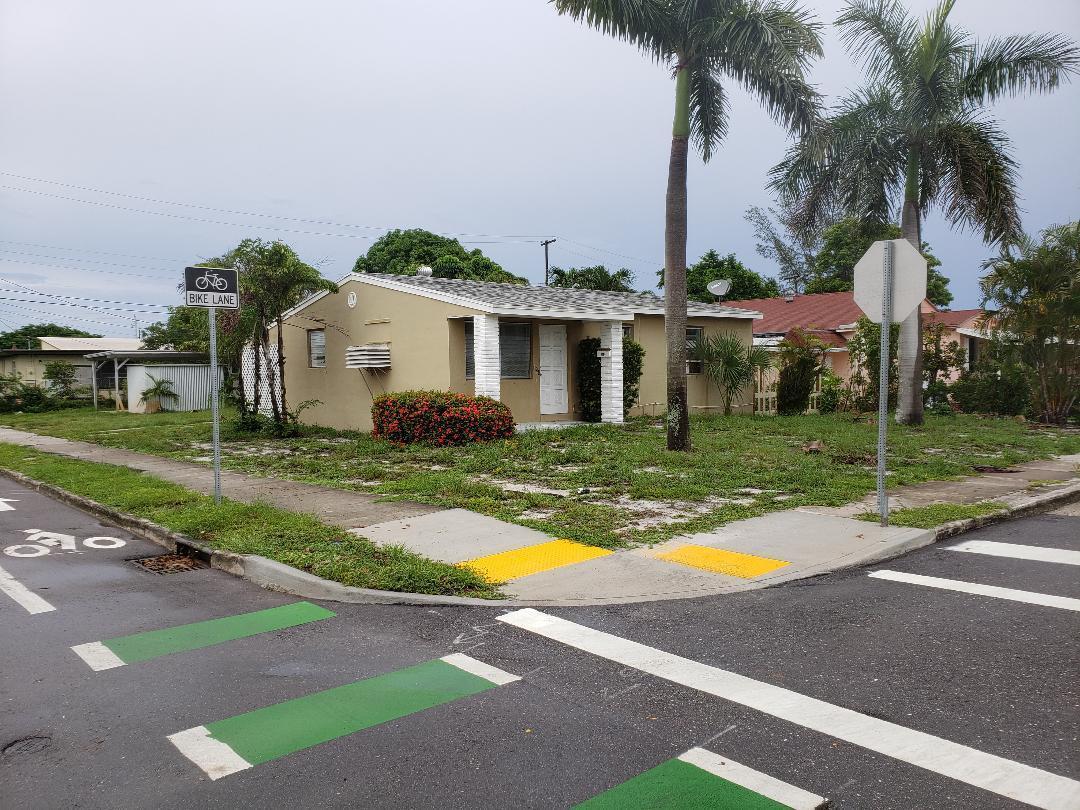 733 Briggs Street, West Palm Beach, FL 33405