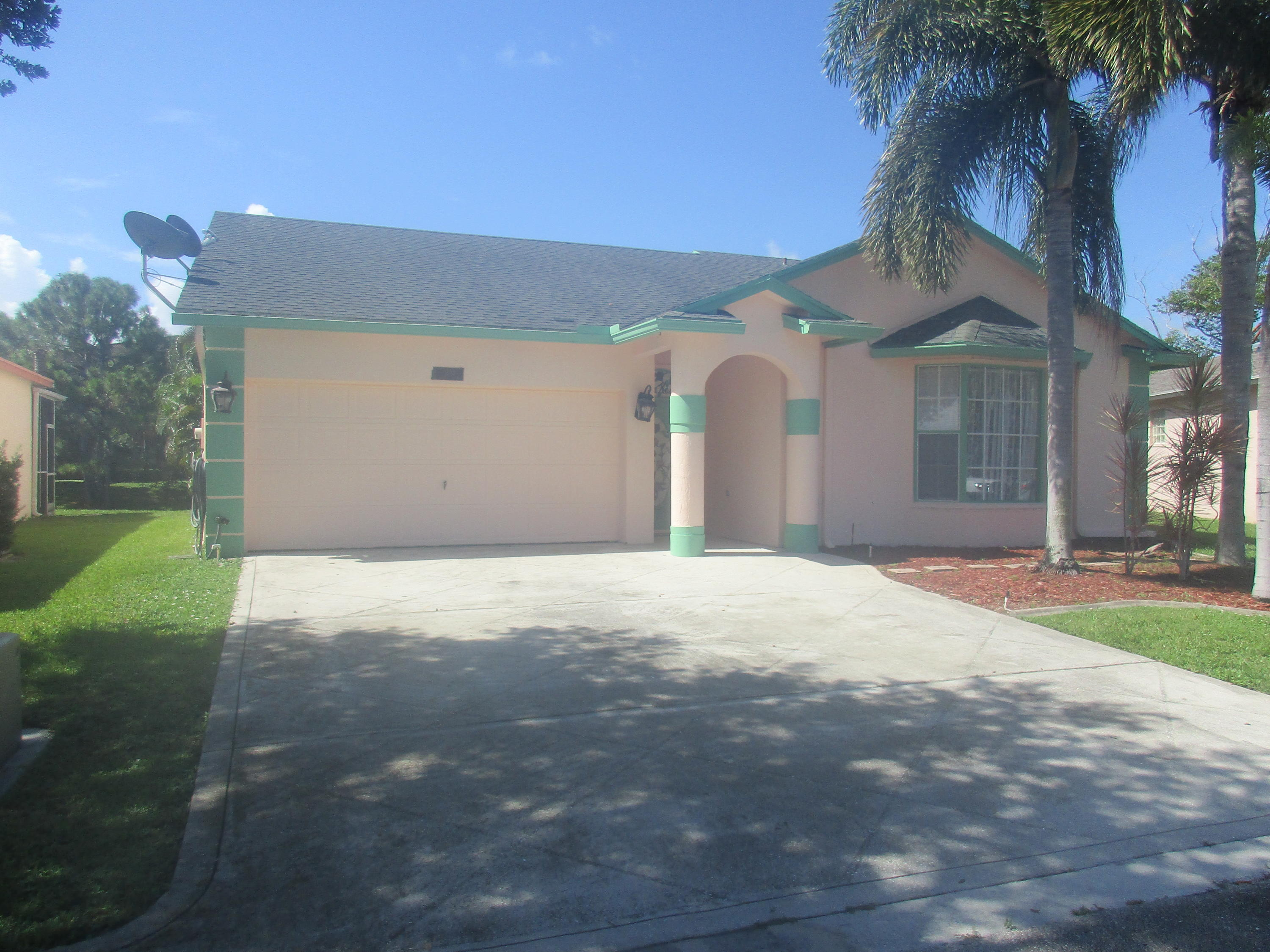 Home for sale in OLIVE TREE PAR 6C Greenacres Florida