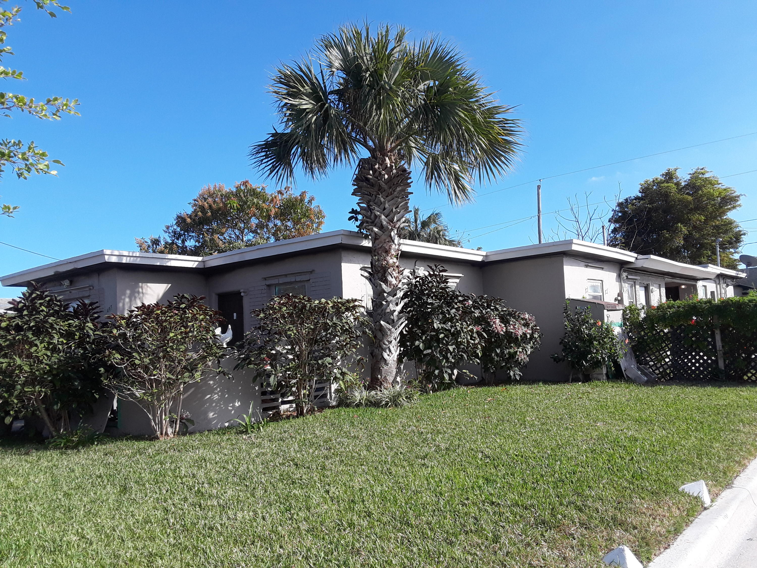 1497 34th Street, West Palm Beach, Florida 33404, ,1 BathroomBathrooms,Apartment,For Rent,34th,1,RX-10552426