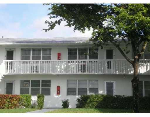 386 Northampton S, West Palm Beach, Florida 33417, 1 Bedroom Bedrooms, ,1 BathroomBathrooms,Condo/Coop,For Rent,Northampton S,2,RX-10552602