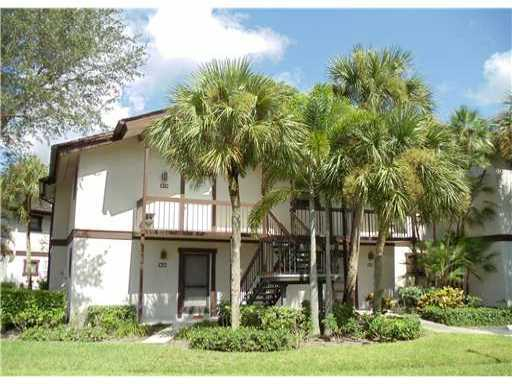 11863 Wimbledon Circle, Wellington, Florida 33414, 1 Bedroom Bedrooms, ,1 BathroomBathrooms,Condo/Coop,For Rent,Palm Beach Polo and Country Club,Wimbledon,1,RX-10552908