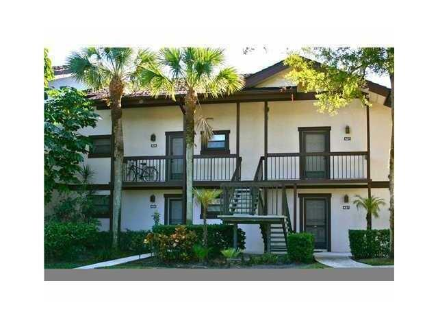 11863 Wimbledon Circle, Wellington, Florida 33414, 1 Bedroom Bedrooms, ,1 BathroomBathrooms,Condo/Coop,For Rent,Palm Beach Polo and Country Club,Wimbledon,1,RX-10552909