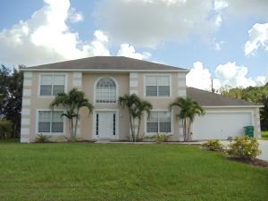 245 SW Uneeda Place, Port Saint Lucie, FL 34953