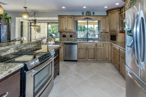 500 S Lyra Cir Juno Beach FL-large-013-2