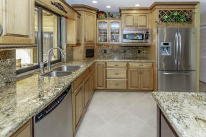 500 S Lyra Cir Juno Beach FL-large-014-1