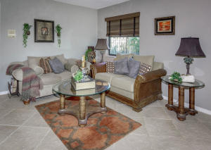 500 S Lyra Cir Juno Beach FL-large-018-9