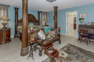 500 S Lyra Cir Juno Beach FL-large-024-2