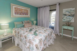 500 S Lyra Cir Juno Beach FL-large-037-3