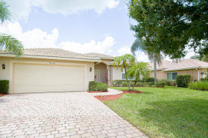 510 NW Waverly Circle, Port Saint Lucie, FL 34983